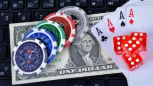 Play Money Poker Sites – Benefits of Playing Popular Card Game Online